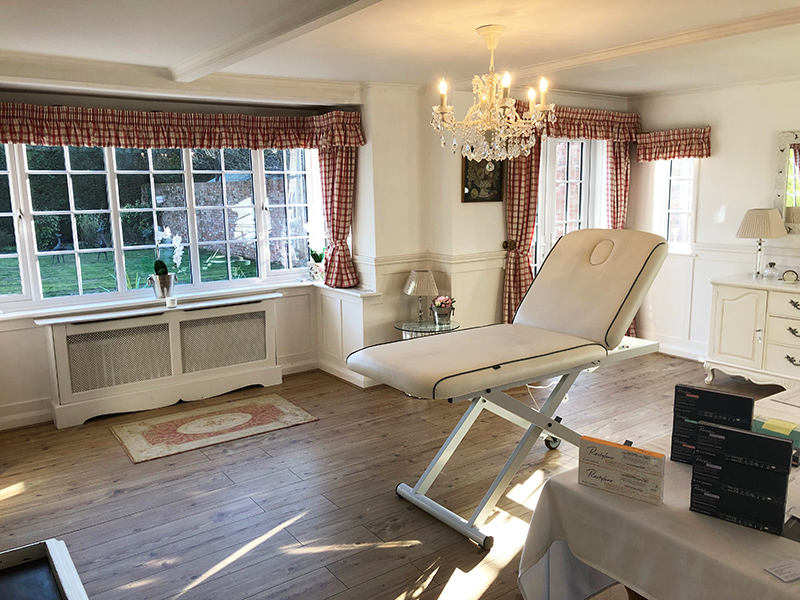 Treatment Room - Advanced Facial Aesthetics In Newbury, Berkshire